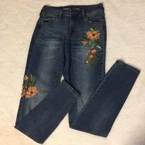 Old Navy Flower Embroidered Skinny Jeans